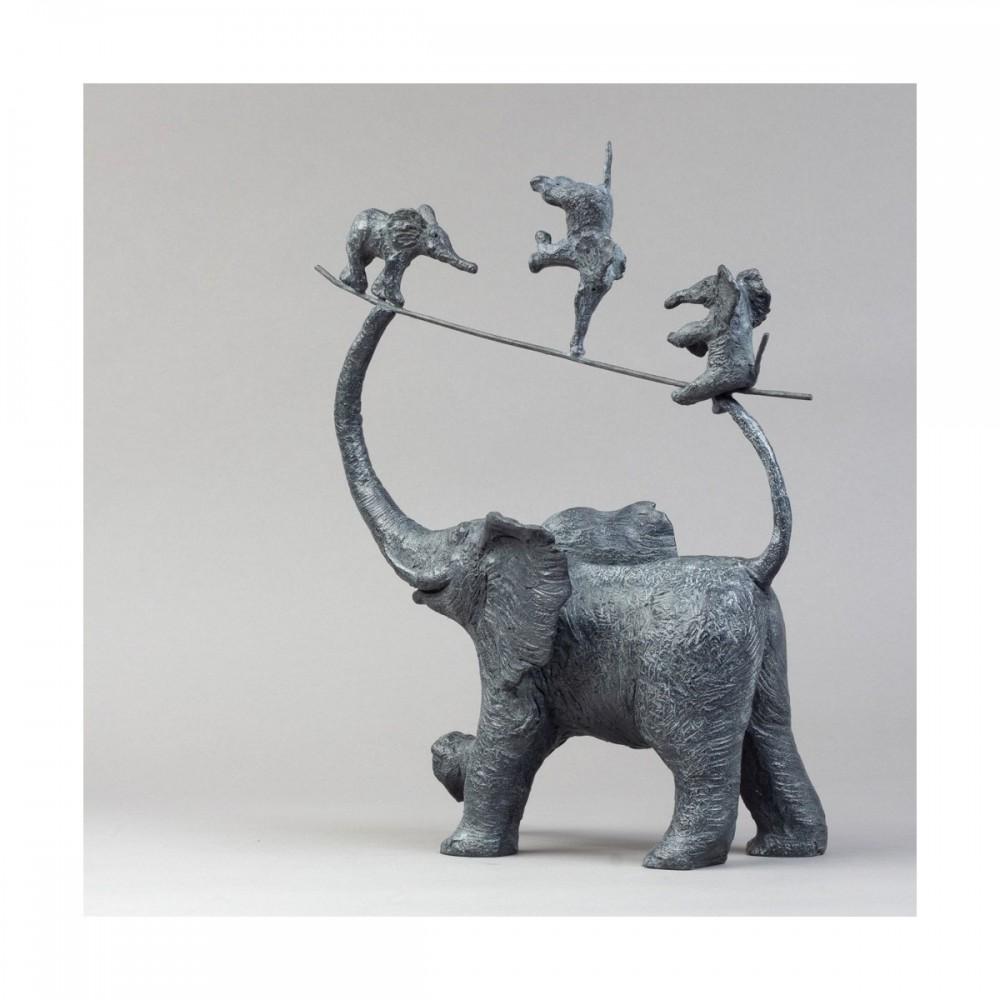 Sculpture de Sophie Verger Mes trois garnements en bronze en entier