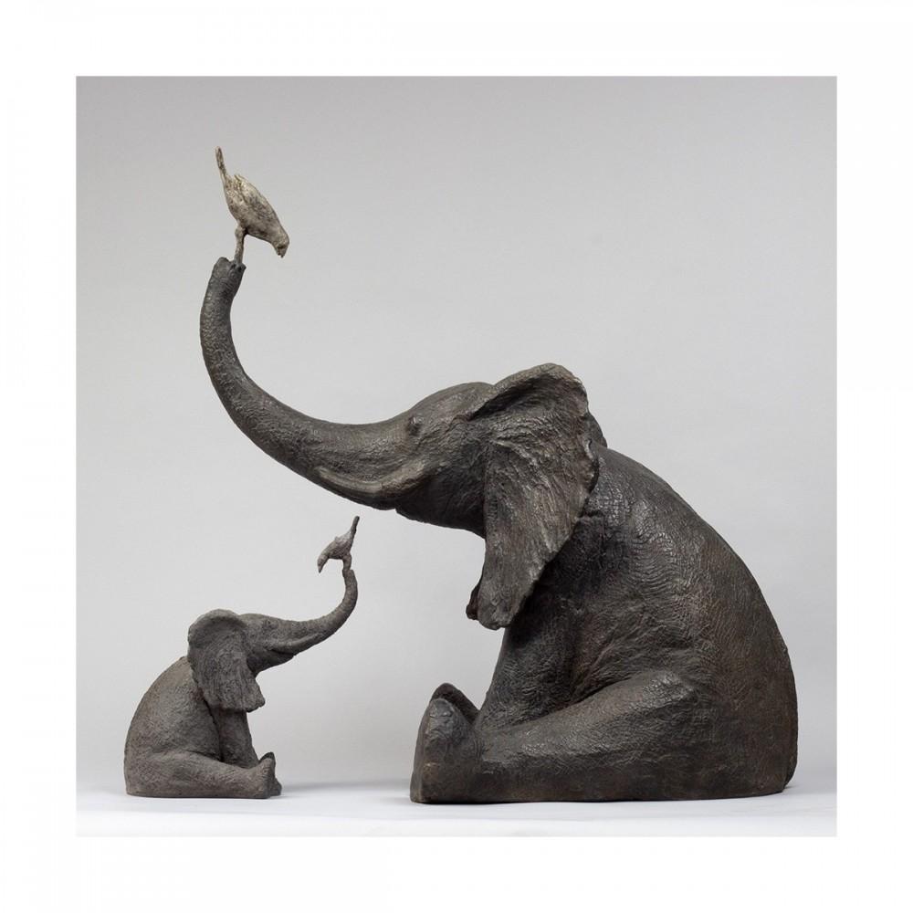 Sculpture de Sophie Verger Éléphant au jardin en bronze