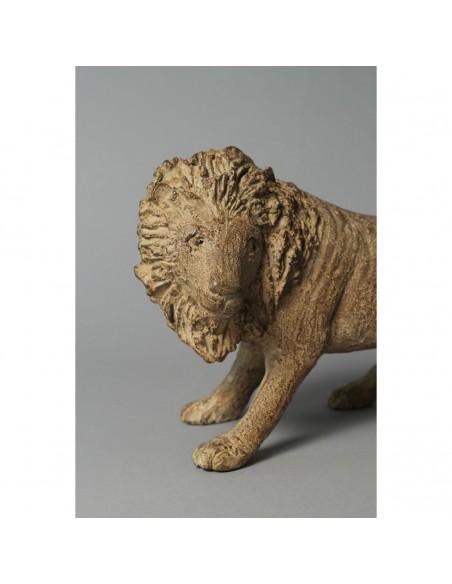 Sculpture de Sophie Verger Jeanne et le lion en bronze, détail lion