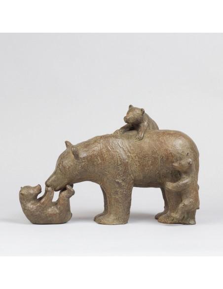 Sculpture de Sophie Verger Trois oursons en bronze