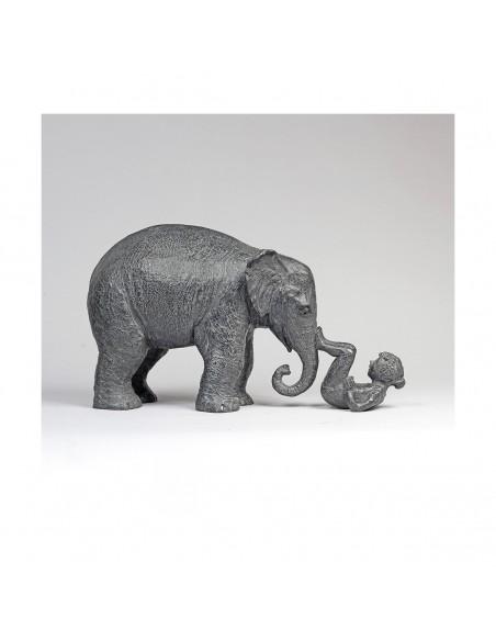 Sculpture de Sophie Verger Toi et moi en bronze de profil