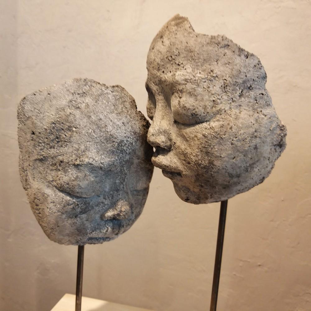 Sculpture de Evelyne Galinski Ula-Ue en terre