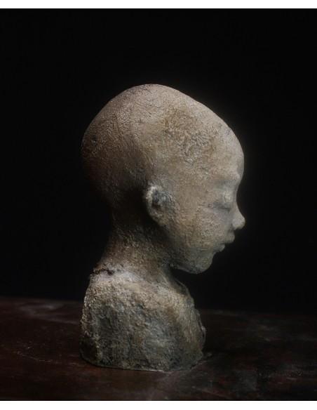 Sculpture de Evelyne Galinski Xia en bronze de profil