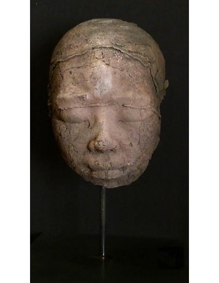 Sculpture de Evelyne Galinski Ânh X en bronze de face sombre